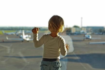 5-13_kids_airport_andriy_bondarev_ax2nxc